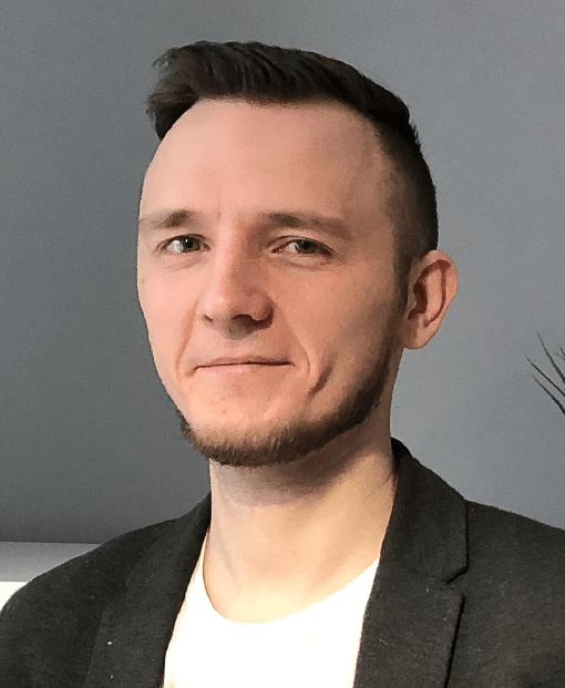 Михаил Никипелов